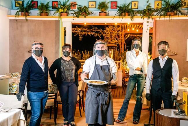 veja como enfrentar os desafios que a pandemia trouxe para restaurantes e pizzarias